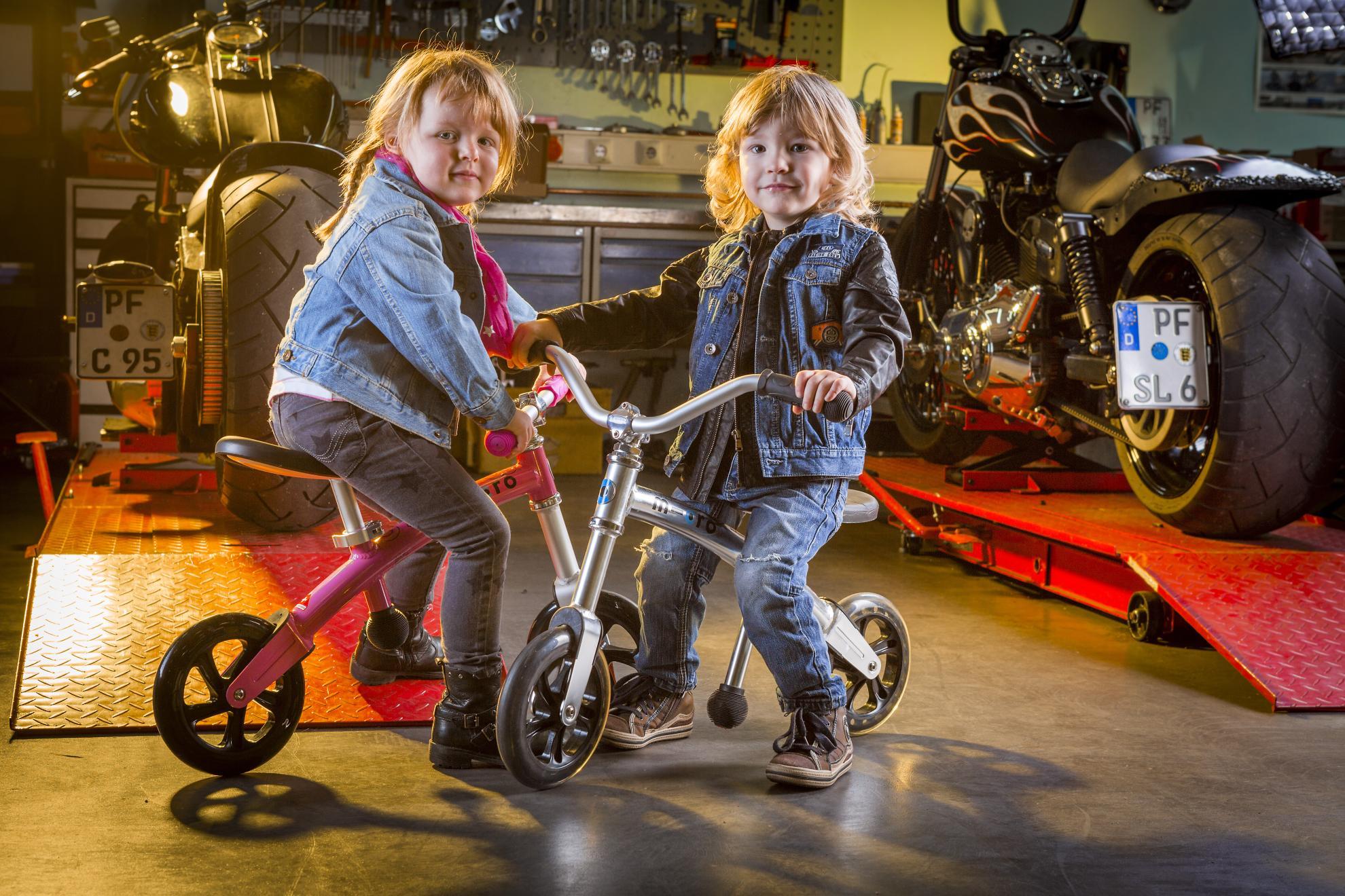 Akční obrázky Micro G-Bike Chopper Silver