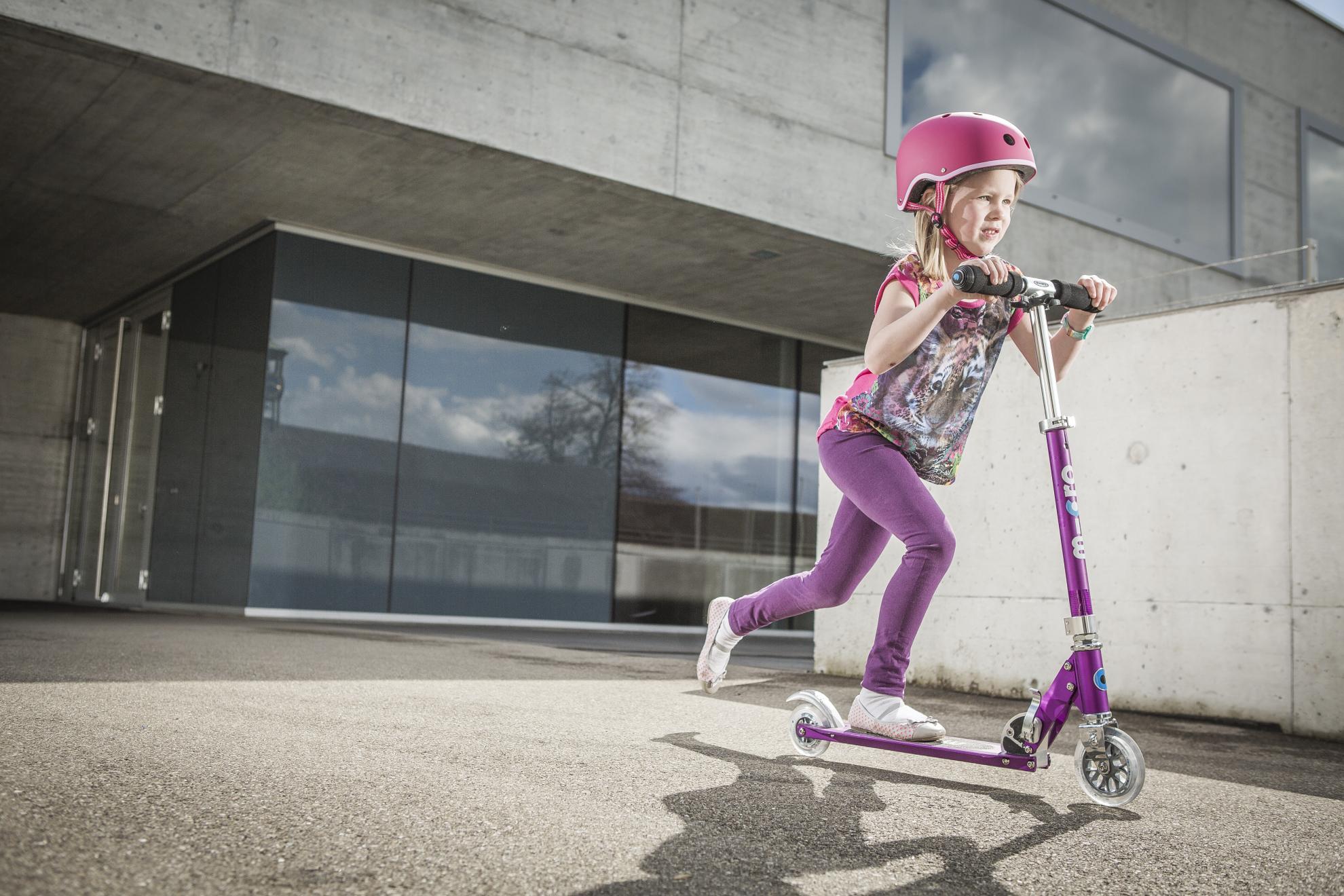Akční obrázky Micro Sprite Purple Stripe