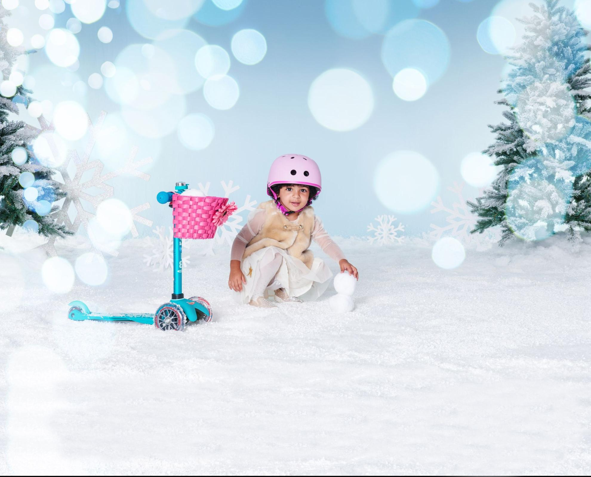 Akční obrázky Přilba Micro Candy Pink