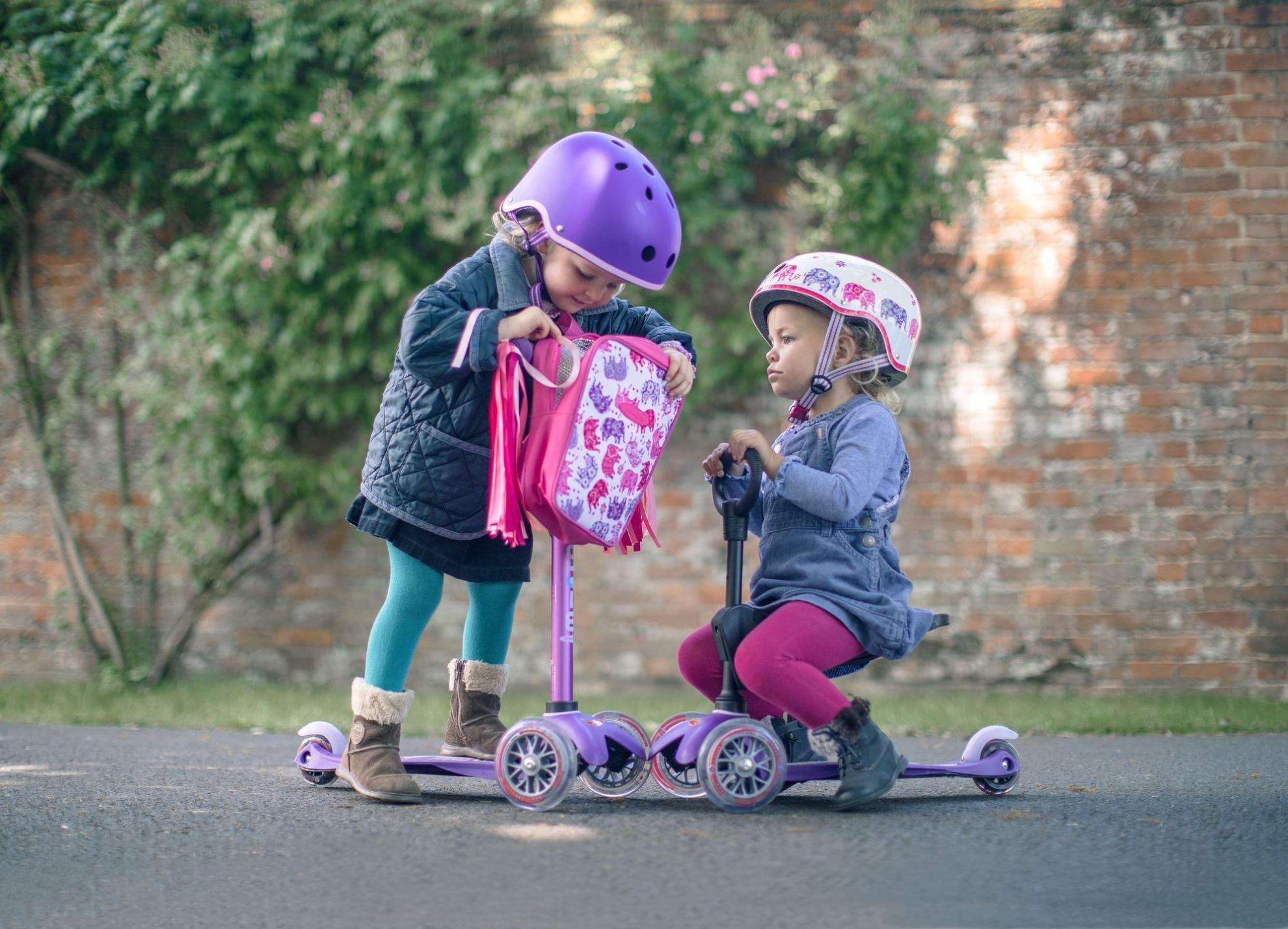 Akční obrázky Přilba Micro Purple