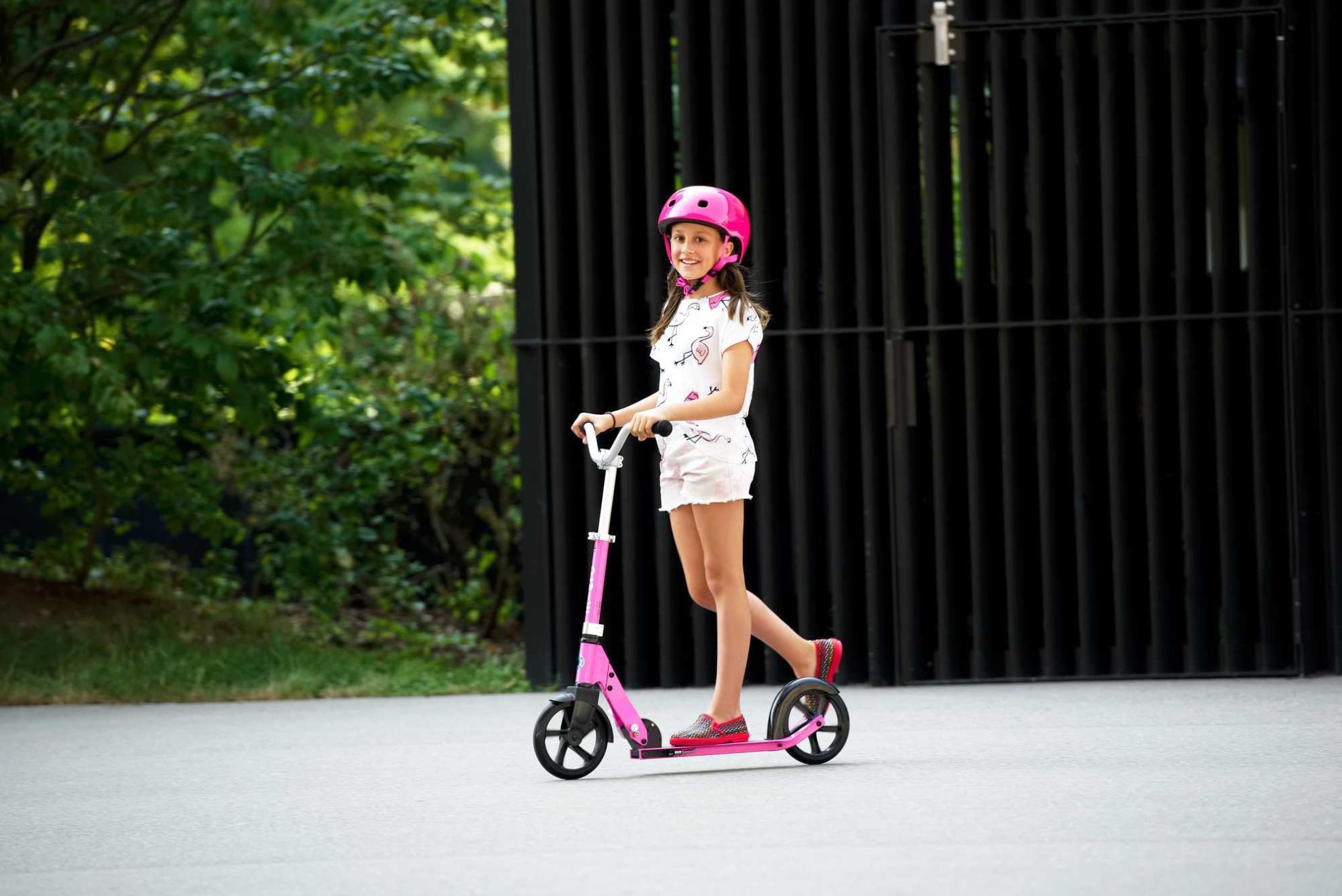 Akční obrázky Micro Cruiser Pink